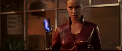 Terminator 3 - The T-X Turns Her Arm Into a Plasma Cannon