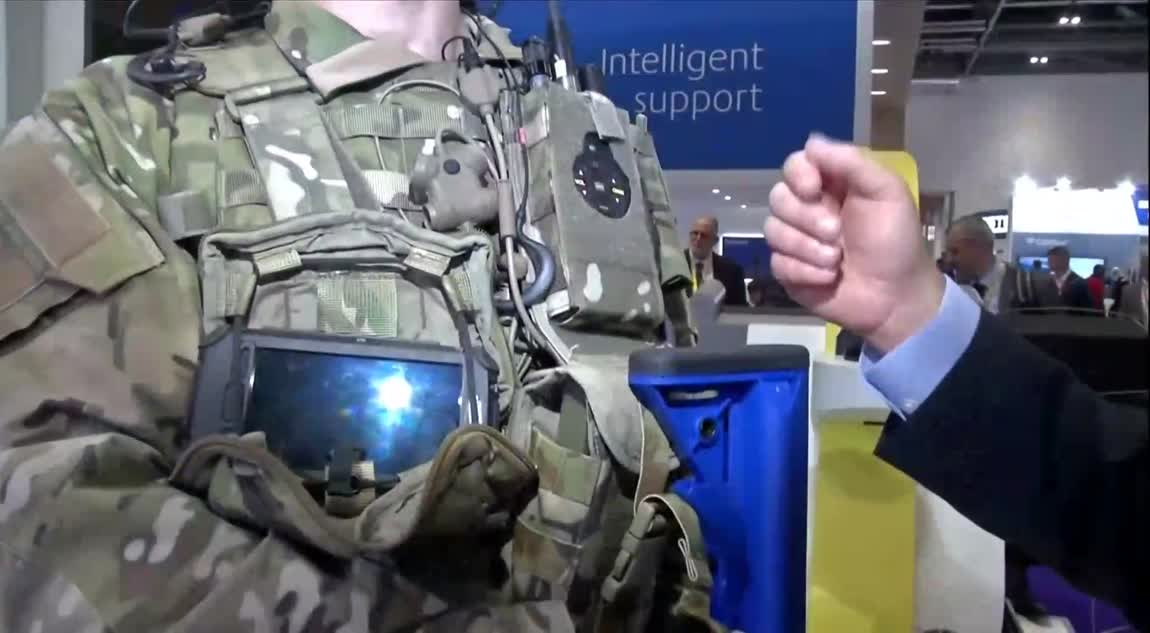 Wearable tech connects the soldier of the future to HQ